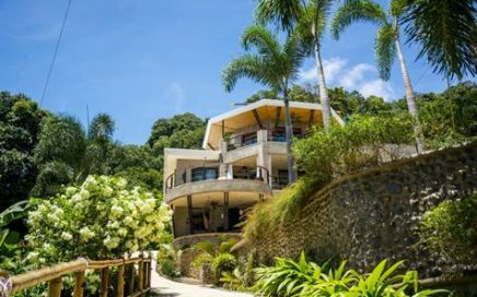 0.85 ACRES – 10 Bedroom Luxury Villas With Front Row Ocean Views!!