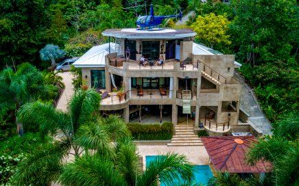 0.85 ACRES – 8 Bedroom Luxury Villas With Front Row Ocean Views!!