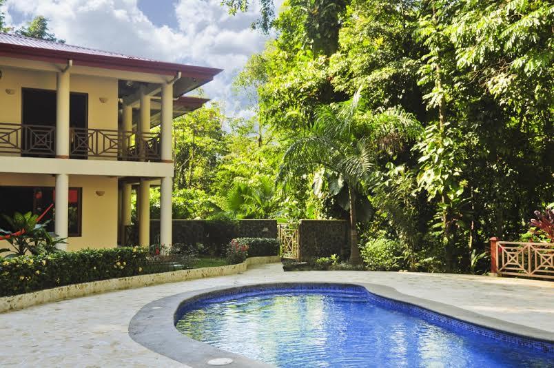 Luxury Home W Pool And Caretaker House