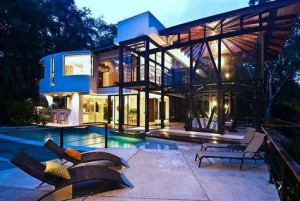 Home in manuel antonio forest