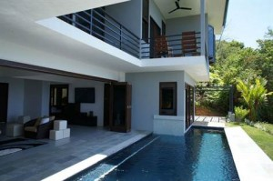 Ultra Modern Home With Pool