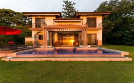 0.70 ACRES – 3 Bedroom Luxury Home With Pool And Huge Ocean View And Great Access!!!