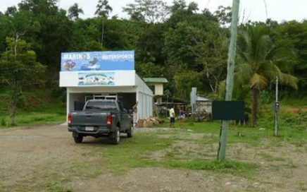 1324 m2 – Excellent Commercial Property – 500 Sq Ft Store And 2 Bedroom Furnished Home!!