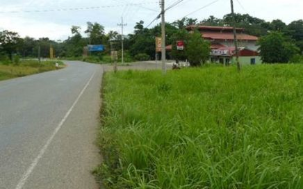 1000 m2 – Highway Frontage In Uvita – Great Location – Great Price!