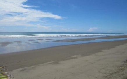 0.16 ACRES – Beautiful Beachfront Lot In Playa Matapalo!!!