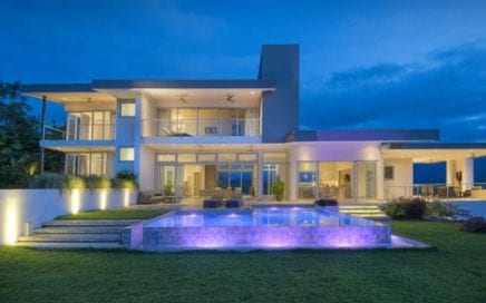 3.5 ACRES – 3 Bedroom Modern Luxury Home With Pool And The Best View In Costa Rica!!!!