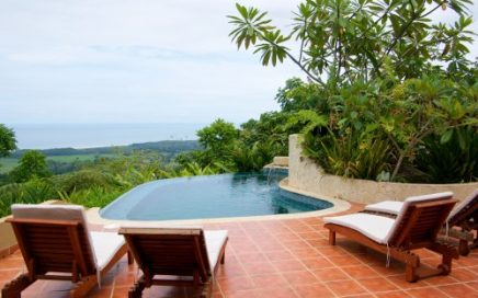 Bosque en el cielo – 3 Bedroom Ocean View Home w/ Huge Deck and Infinity Edge Pool!!