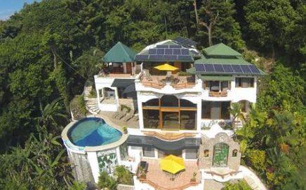 1/2 ACRE – 5 Bedroom Ocean View Home w/ Views Of Manuel Antonio Park!!