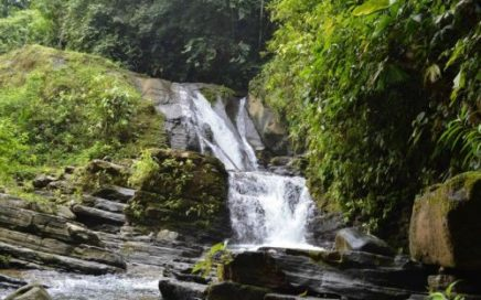 7 ACRES – Remote And Private Jungle Property With Huge Waterfalls And Great Mountain Views!!!