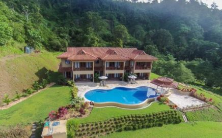 1.76 ACRES- 3 Luxury Condos Each With 2 Bedrooms – Shared Pool And Ocean View!!!
