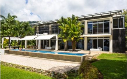 8 ACRES – 3 Bedroom Luxurious Contemporary Home With Amazing Whales Tale Ocean View!!!!