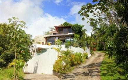 0.25 ACRES – 5 Bedroom Ocean View Home With Pool In Manuel Antonio!!!  Great Value!!!