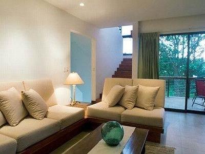 4 Bedroom Contemporary Home
