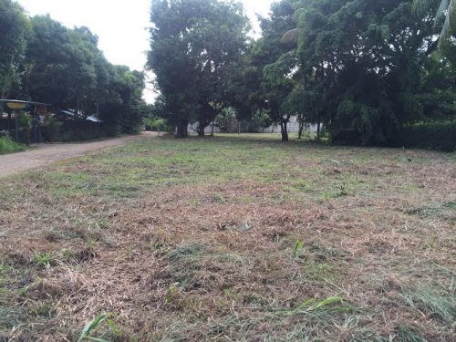 1/4 ACRES - Perfectly Flat And Usable Lot 200 Meters From The Beach!!!
