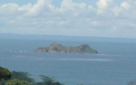 12.5 ACRE – Commercial Potential and Ocean Views in Uvita!!!
