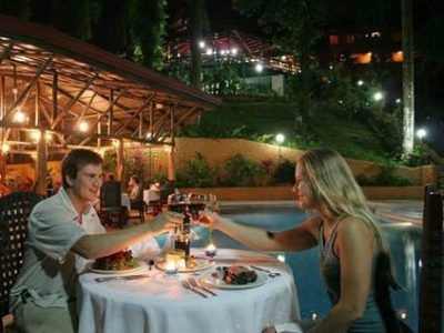 1.5 ACRES - Amazing Hotel And Casino In The Heart Of Manuel Antonio!!