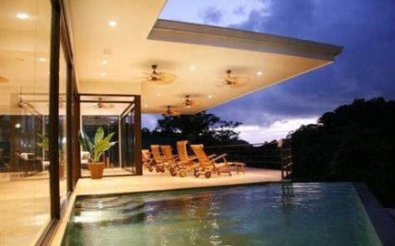 1/3 ACRE – 4 Bedroom Modern Home With Infinity Pool And Ocean View, Walking Distance To Beach!!!