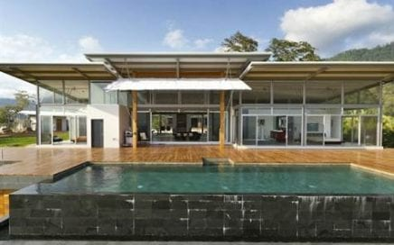 2.78 Acres – 3 Bedroom Ultra Modern Home With Pool And Ocean View!!!