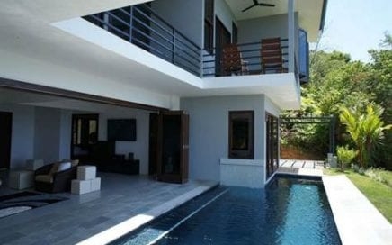 1.5 ACRES – 4 Bedroom Ultra Modern Home With Pool And Amazing Ocean View!!!!!!