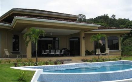 5 ACRES – Magnificent 3 Bedroom Home w/ Infinity Pool and Amazing Ocean and Mountain Views!!