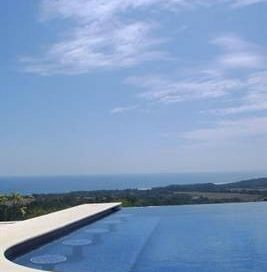 3/4 ACRE – Stunning 3 Bedroom Home w/ Infinity Pool and Amazing Ocean View!!