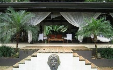 1 1/4 ACRES – 4 Bedroom Tropical Asian Style Home With Pool And Ocean View!!!!