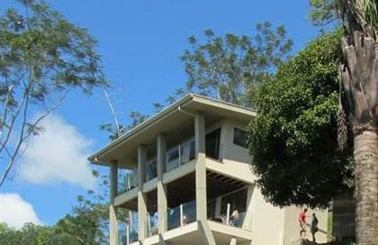 1/2 ACRE – 3 Bedroom Home With Spectacular Whales Tale Ocean View!