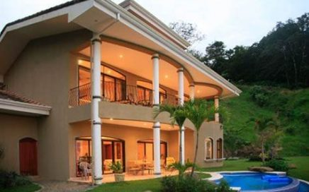 12 ACRES – 3 Homes On This Amazing Estate w/ 180 Degree Ocean View and Infinity Pool!!!