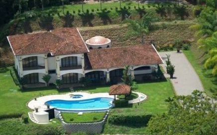 12 ACRES – 4 Bedroom Estate With Infinity Pool And The Best Sunset Ocean Views!!!