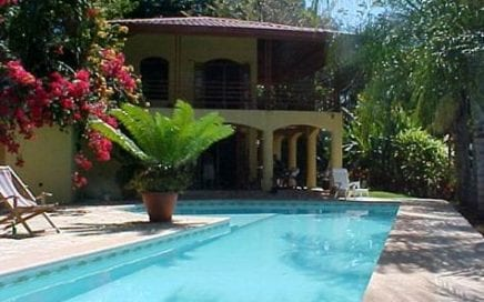 15 ACRES – Amazing Private Ocean View Estate w/ 2 Guest Houses and Pool and Ample Buildable
