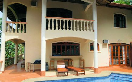 1.47 ACRES – 6 Bedroom Luxury Estate With Great Access And Front Row Ocean Views!!!!