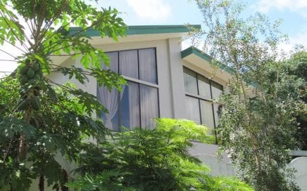 Casa Uvita – 4 Bedroom Home Close To Town And The Beach!!