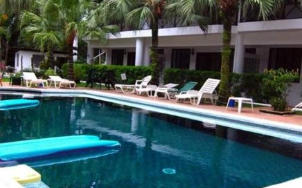 CONDO – 1 Bedroom Condo With Shared Pool!!