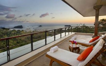 0.25 ACRES – 8 Bedroom Luxury Home With Amazing Manuel Antonio Park Ocean Views!!!