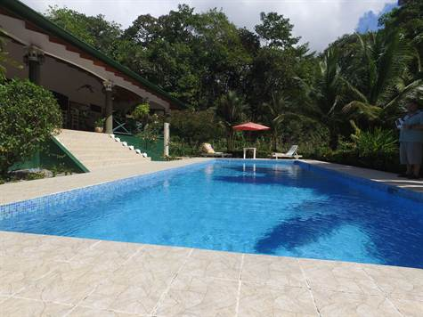 1.1 ACRES - 2 Bedroom Home With Pool Plus Guest House By The River!!!!