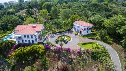 1.65 ACRES – 8 Bedroom Ocean And Mountian View Home Plus Guest House!!