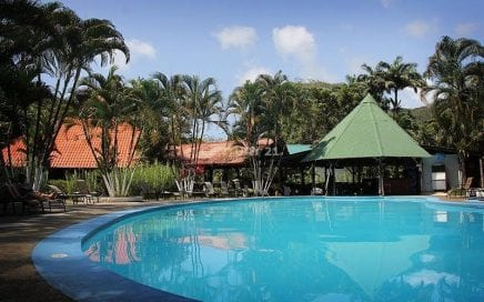 17 ACRES – 52 Room Hotel With Pool And Restaurant Located In Dominical!!!!