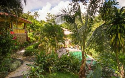 CONDO – 3 Bedroom Villa With Shared Pool And Good Rental Income!!!!