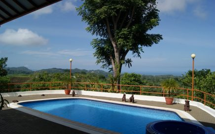 2 ACRES – 3 Bedroom Ocean View Home With Pool And Ocean View!!!