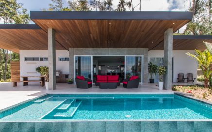 0.4 ACRES – 3 Bedroom Modern Luxury Home With Pool And Amazing Whales Tale Ocean Views!!!!