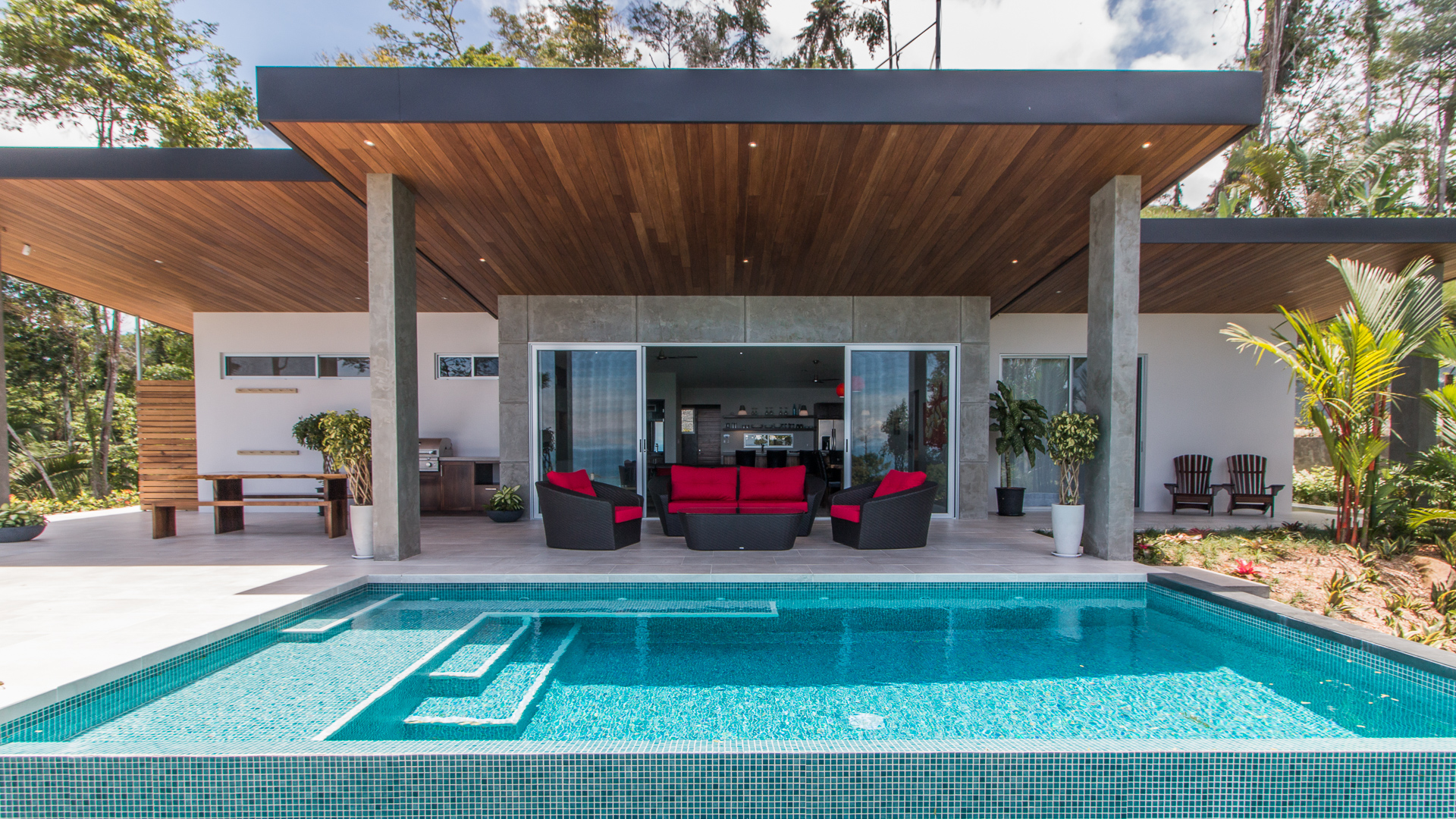 0 4 acres 3 bedroom modern luxury home with pool and for Four bedroom house with pool