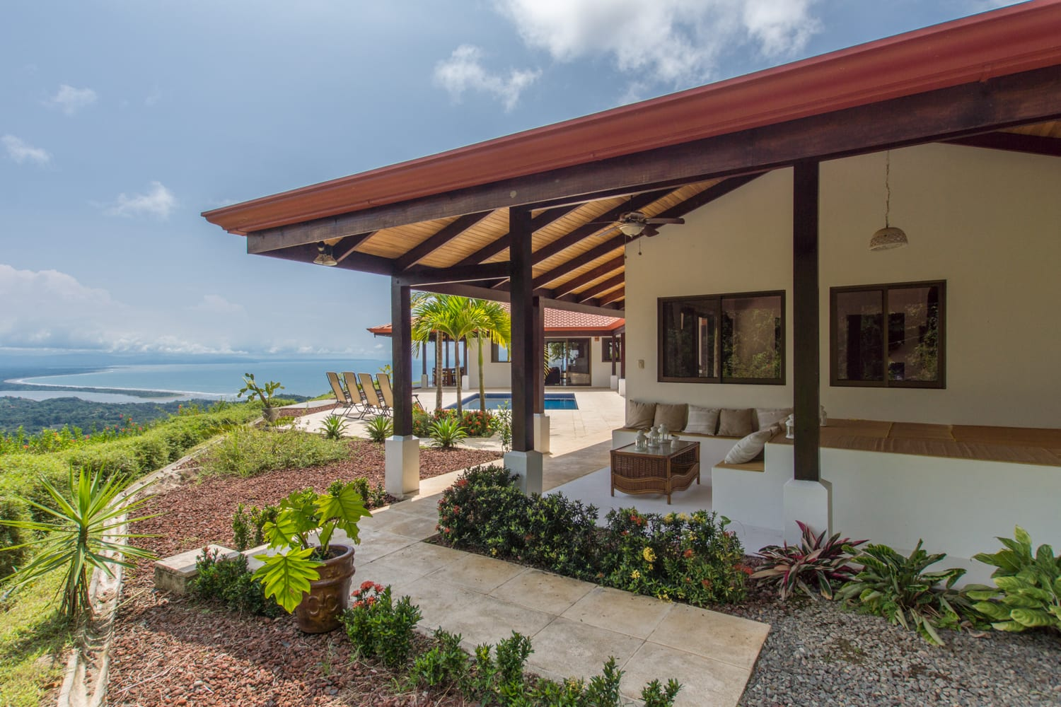 Acres 3 bedroom modern spanish hacienda with pool - House with a view ...