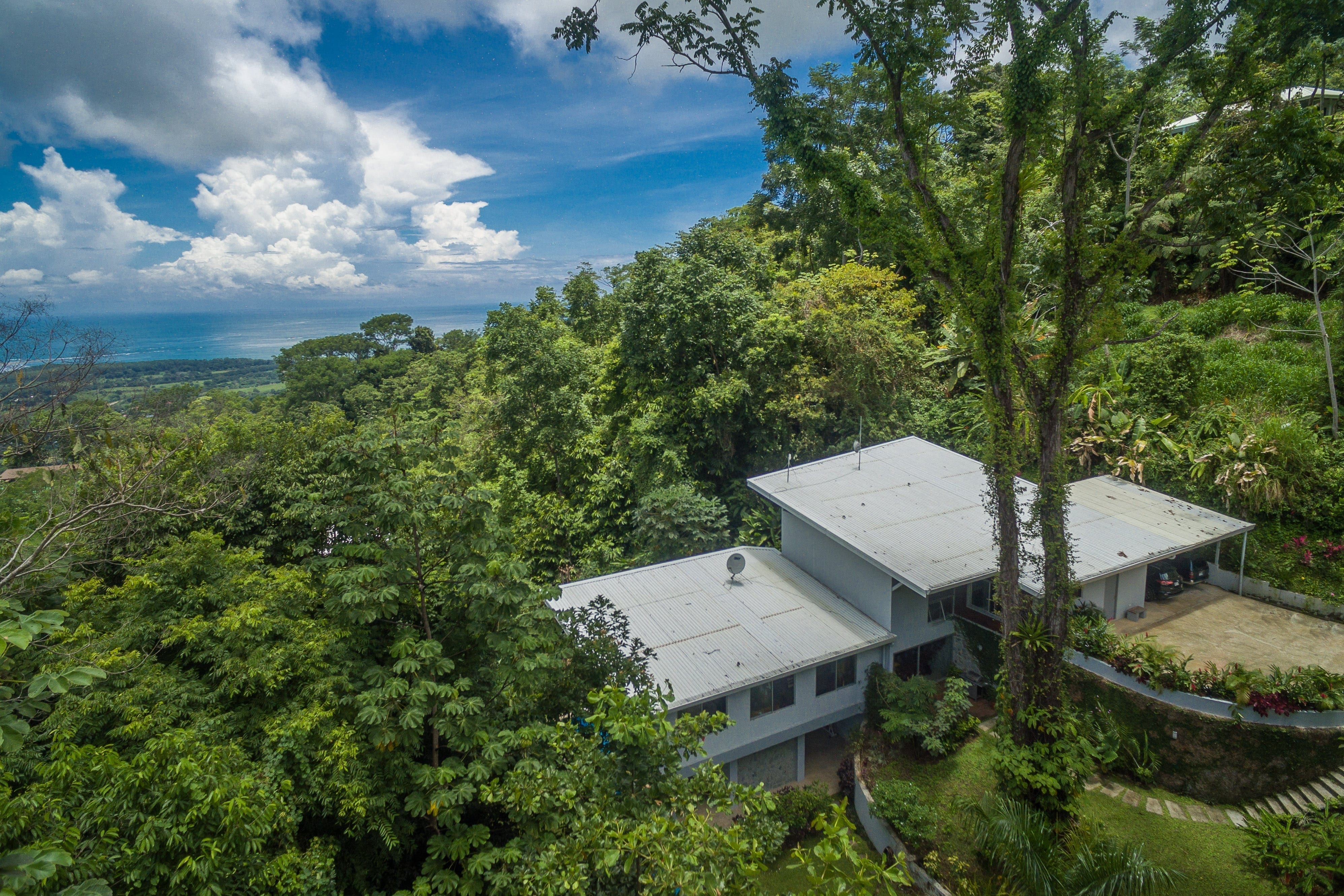 1.65 ACRES - 4 Bedroom Modern Home With Pool And Incredible Whales Tale Ocean Views!!!