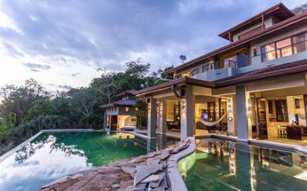 1 ACRES – 5 Bedroom Luxury Home With 3 Swimming Pools And Amazing Ocean Views!!!!