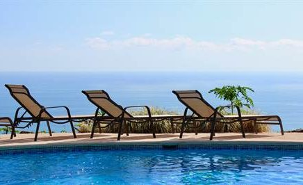 1.4 ACRES – 5 Bedroom Home With Pool And Amazing Ocean View In Escaleras!!!