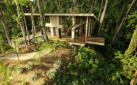 1.24 ACRES – 3 Bedroom Modern Tropical Home With Pool And Ocean View!!!