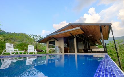 1 ACRE – 2 Bedroom Modern Tropical Home With Ocean View And Pool!!!