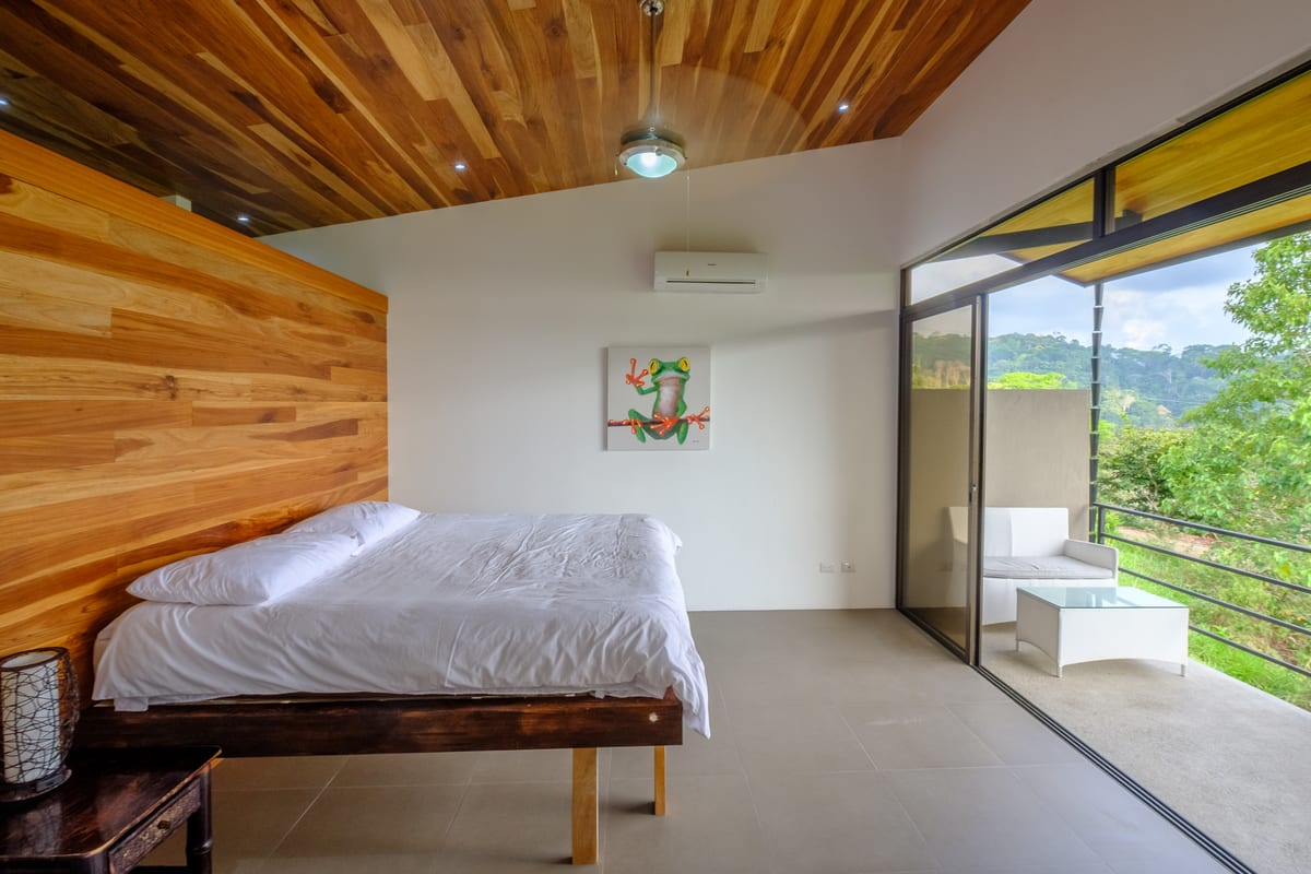1 Acre 2 Bedroom Modern Tropical Home With Ocean View