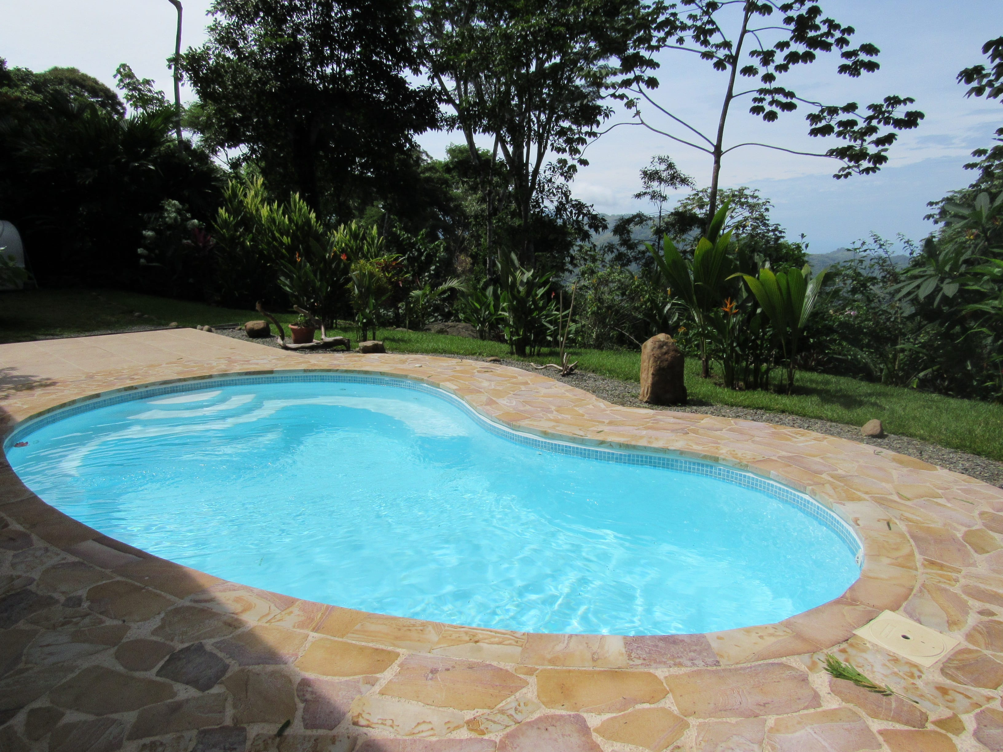 1.25 ACRES - 5 Bedroom Home With Pool And Ocean View!!!