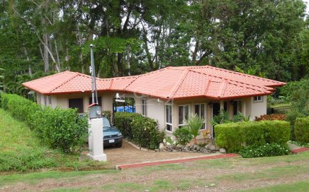 0.3 ACRES – 2 Bedroom Home With Pool In Gated Community!!